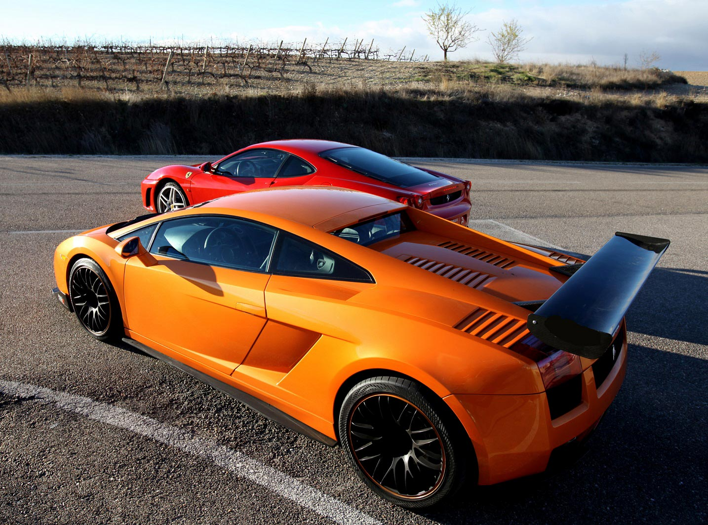 Ferrari F430 Y Lamborghini Gallardo 3 3 Vueltas Gtpasion Com